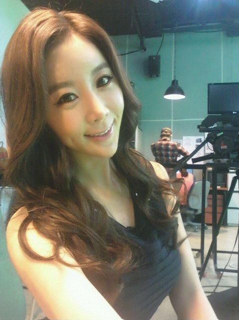 korean-woman-heart-shaped-face-surgery-6
