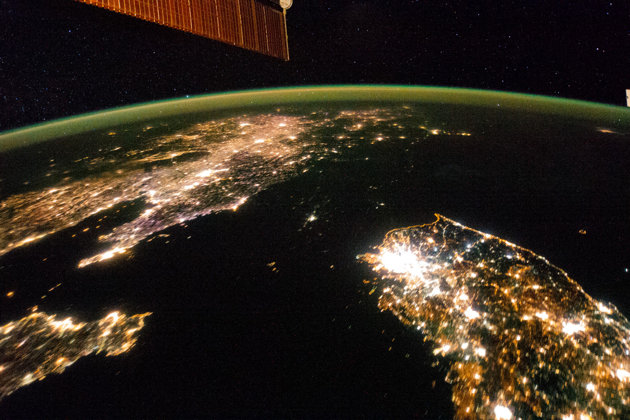 north-korea-night