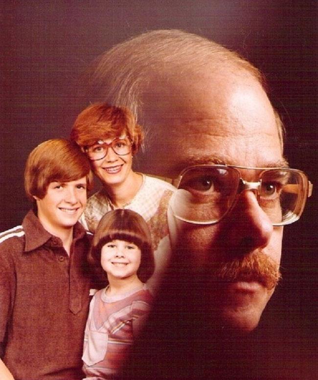 Viralscape - Awkward Family Portrait-28