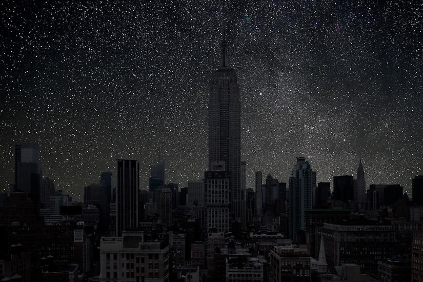 Viralscape Cities Without Lights - 4. The Empire State Building New York City