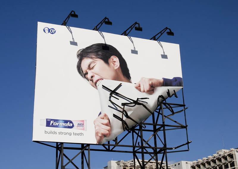 creative-billboard-30