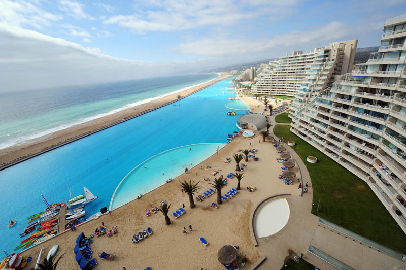the-largest-swimming-pool-in-the-world-5