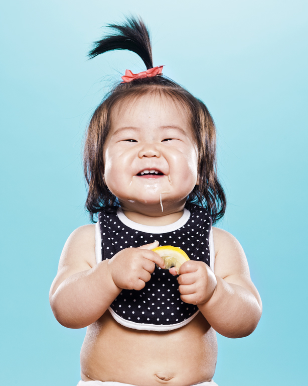 viralscape-babies-tasting-lemon-12