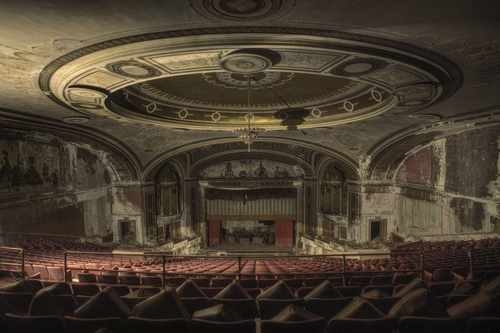 Despite not hosting any more shows, this theatre in Connecticut still retains some features that show it was a once grand building