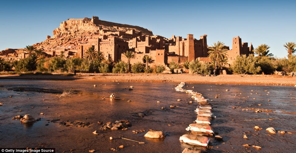 Game of Thrones Filming Location - The Ounila River and the red citadel of Ait-Ben-Haddou in Morocco