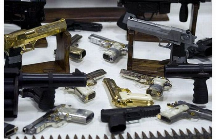 Mexican Drug Lord Home - More guns than you could ever imagine