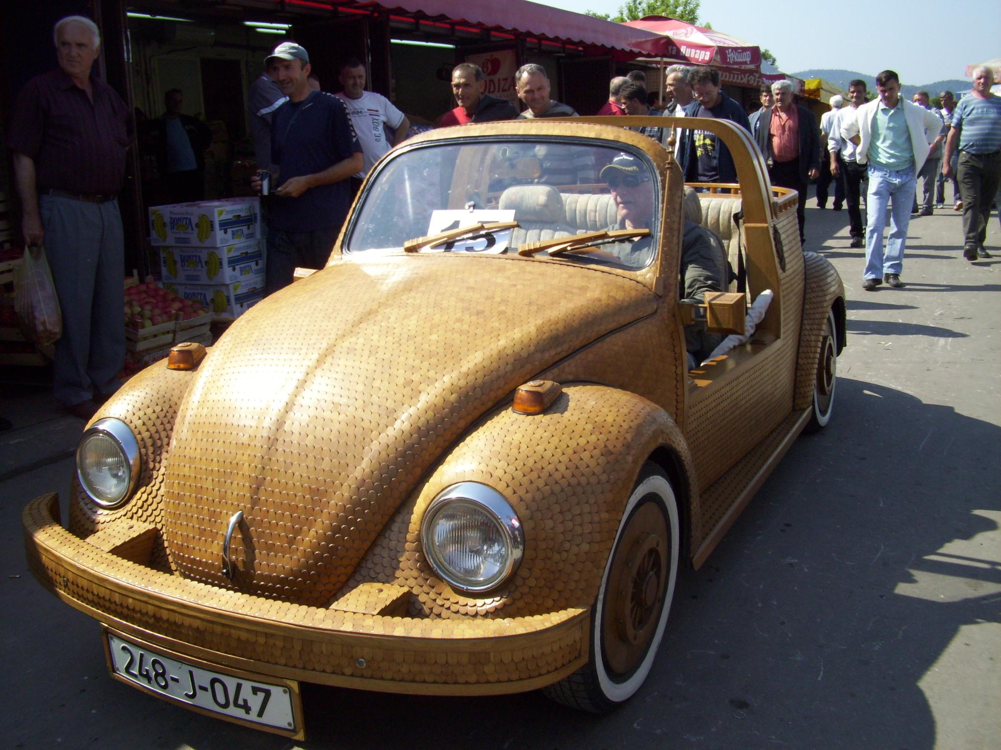 Wooden Volkswagen Beetle (10)
