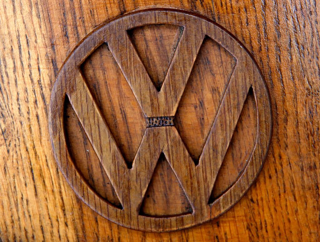 Wooden Volkswagen Beetle (9)
