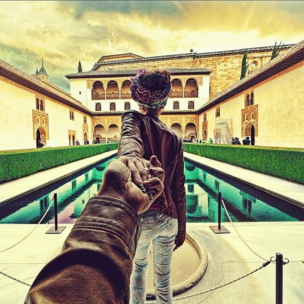 Travel to Alhambra, Granada