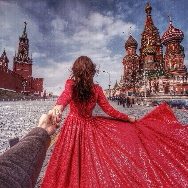 Travel to Kremlin in Moscow