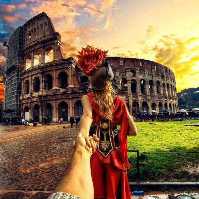 Travel to the Roman Colosseum