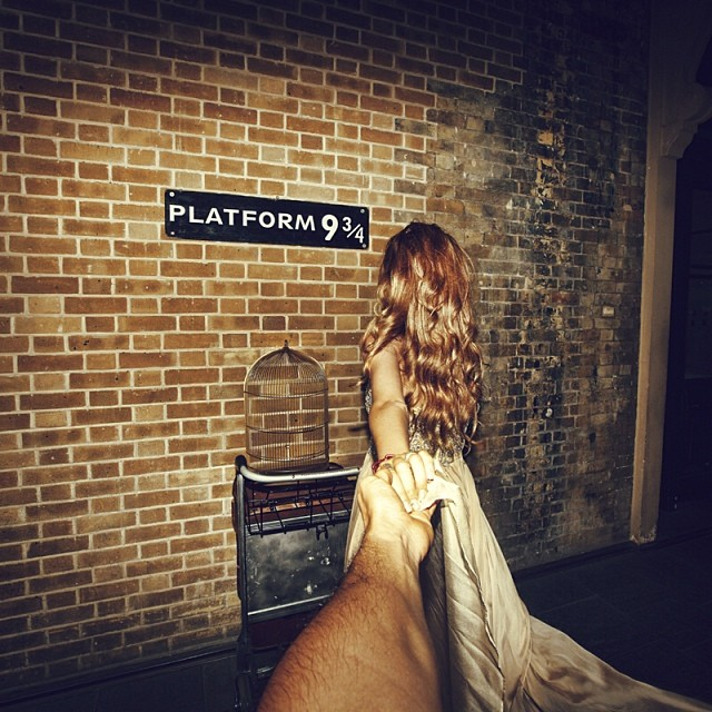 Travel to the platform 9 And 3 Quarters