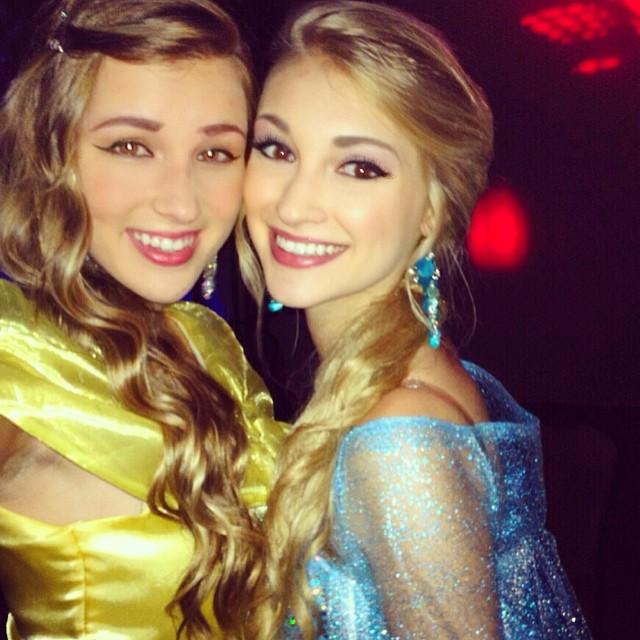 Princess Belle and Queen Elsa 2
