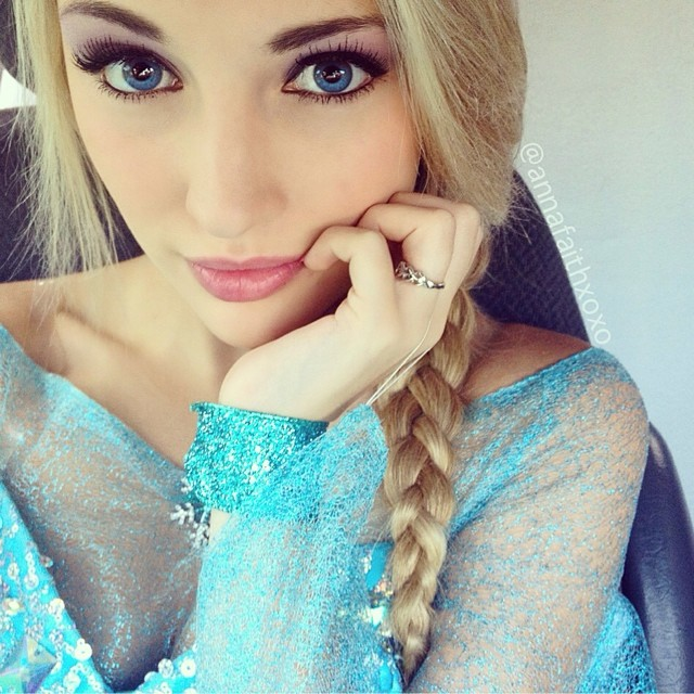 Real-Life Elsa from Frozen (5)