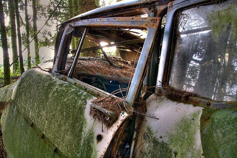 Chatillon Car Graveyard (10)