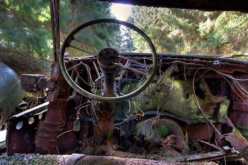 Chatillon Car Graveyard (13)