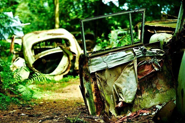 Chatillon Car Graveyard (6)