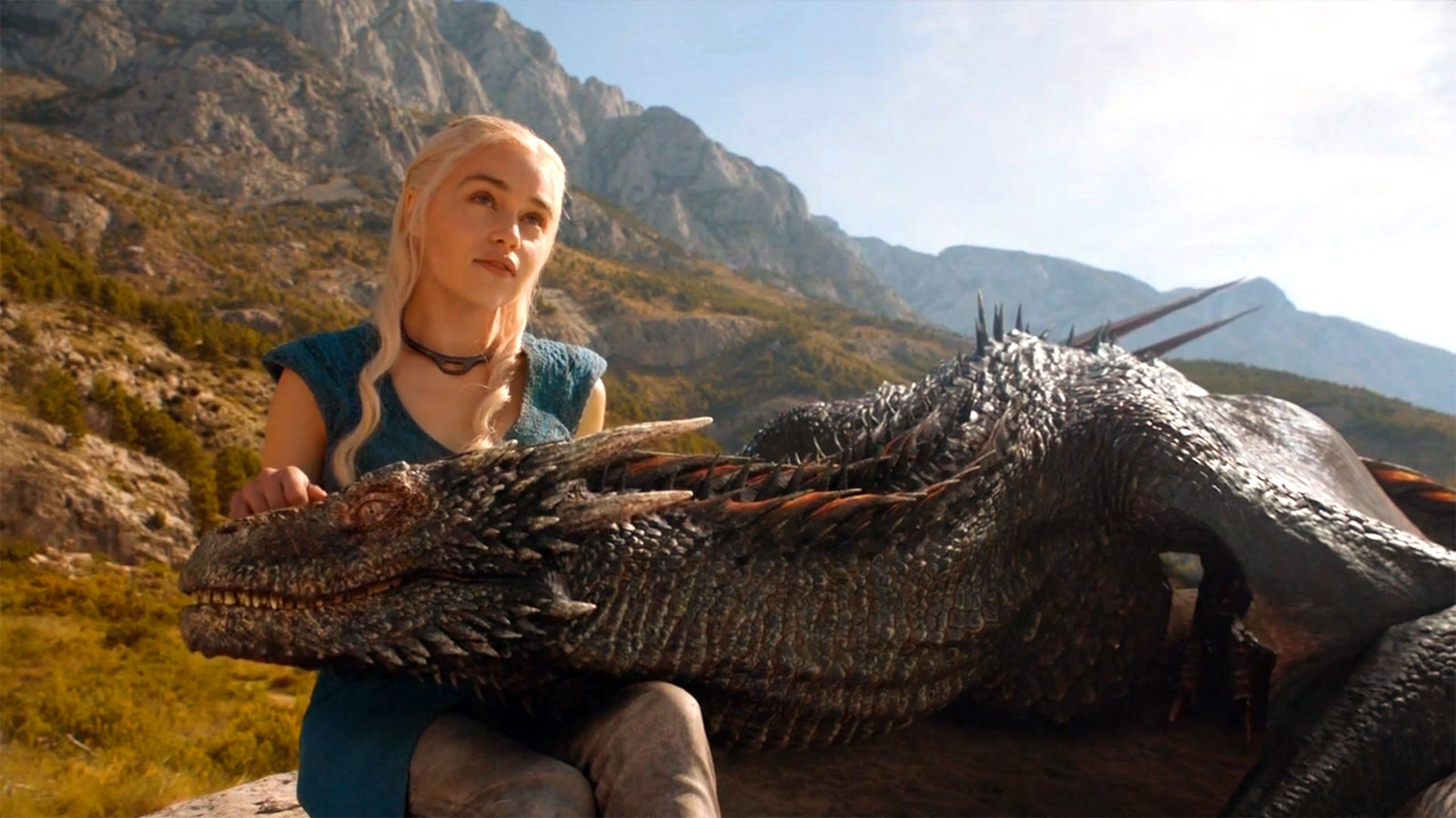 Daenerys-Targaryen-And-Dragon