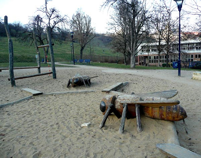 Creepy Playground (26)