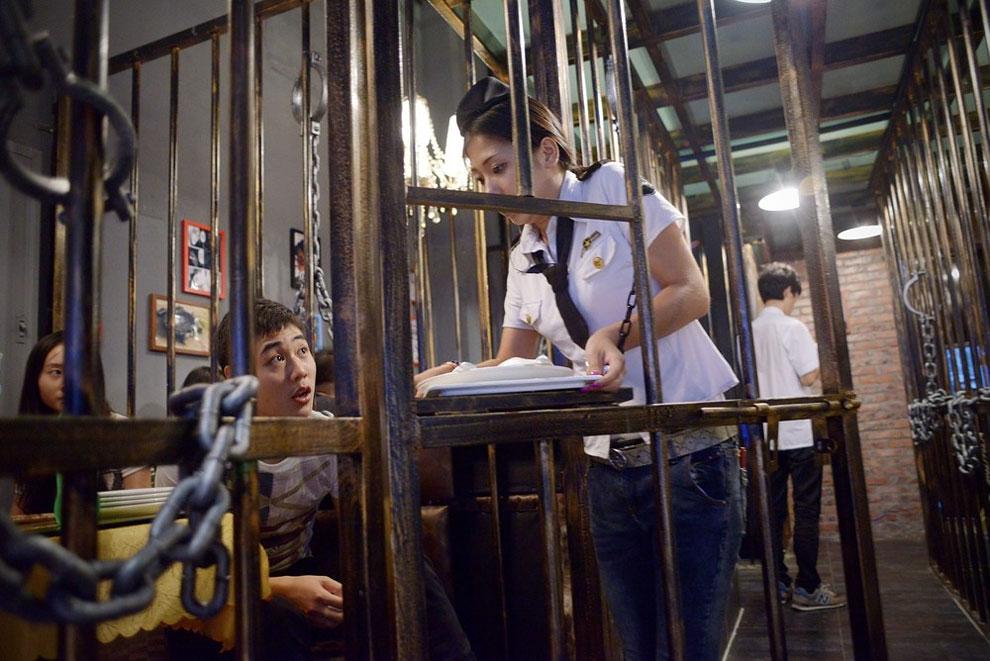 Prison Themed Restaurant (15)