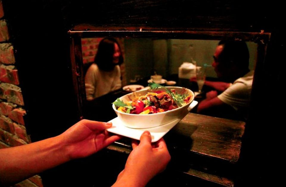 Prison Themed Restaurant (3)
