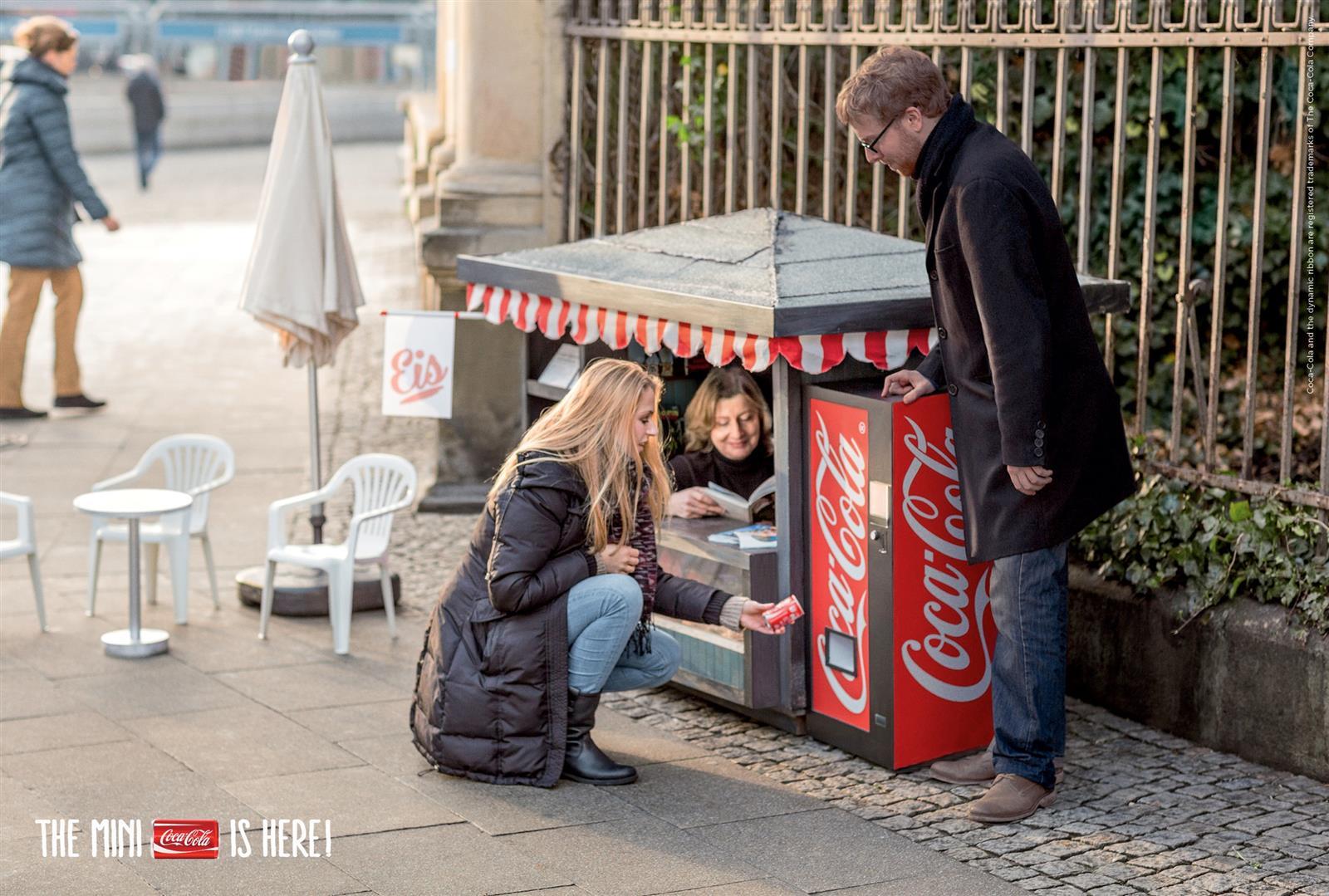 Coca-Cola Mini Kiosk (2)