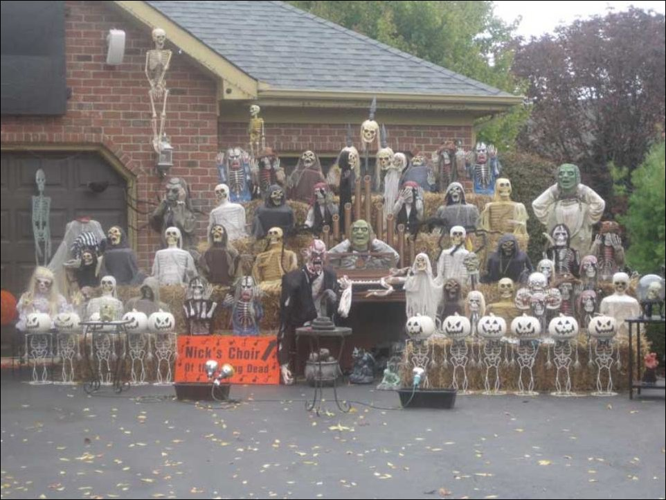 Undead Choir Halloween Decor