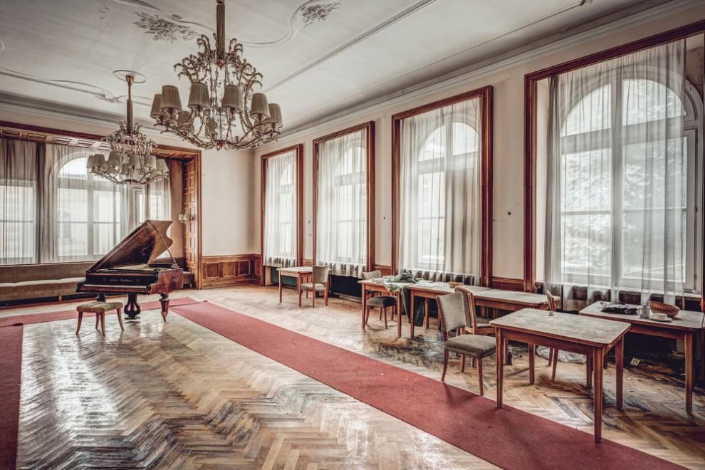 Abandoned Hotel 11
