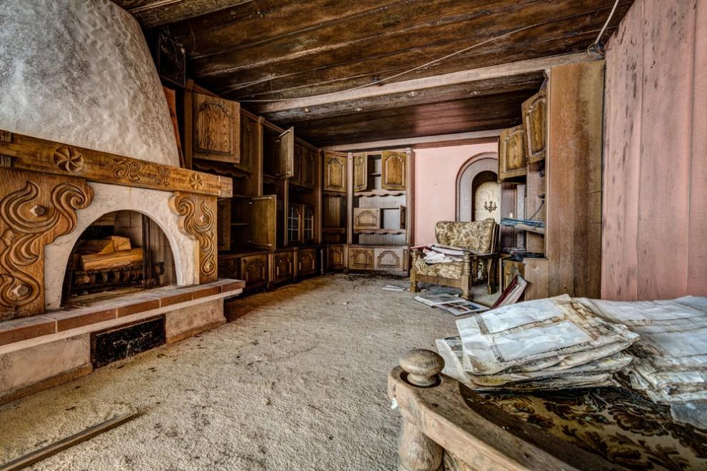 Abandoned Hotel 14
