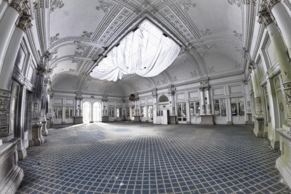 Abandoned Hotel 17