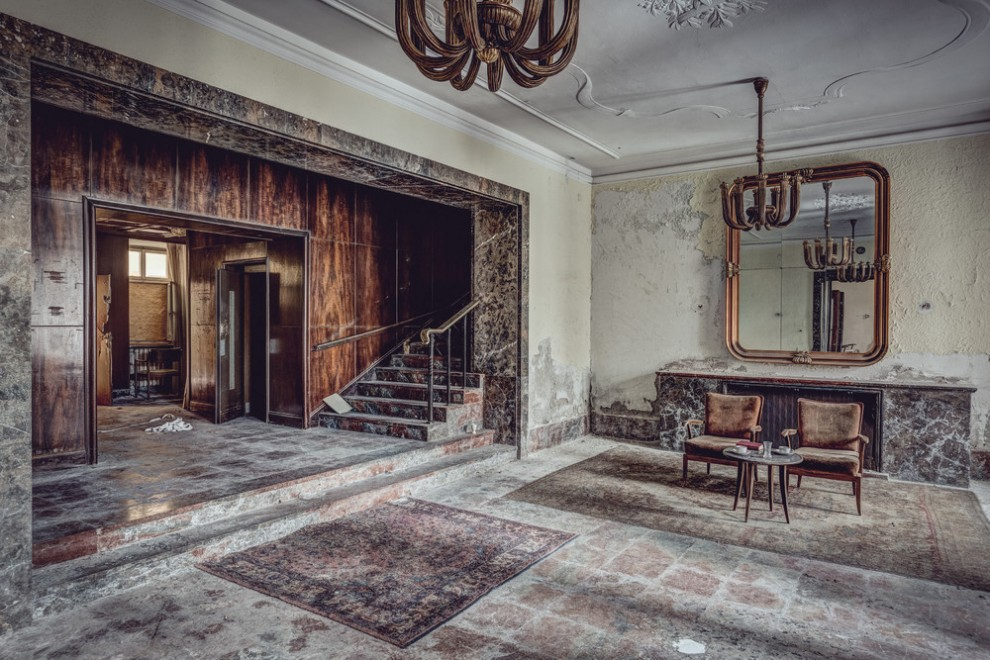 Abandoned Hotel 19
