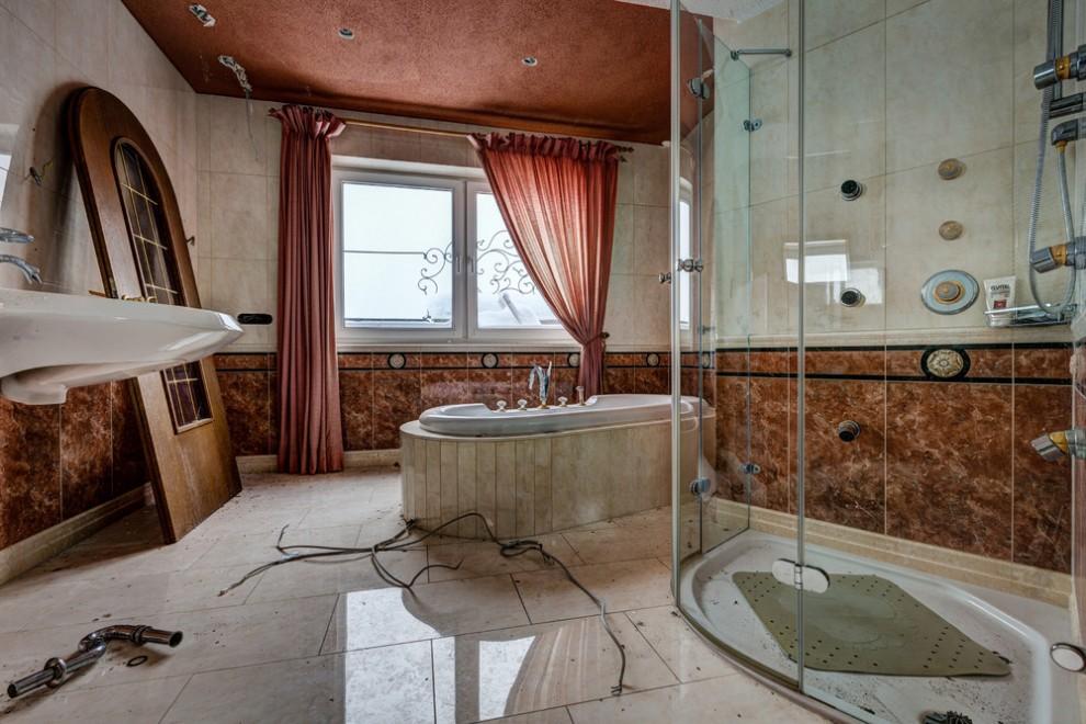 Abandoned Hotel 6