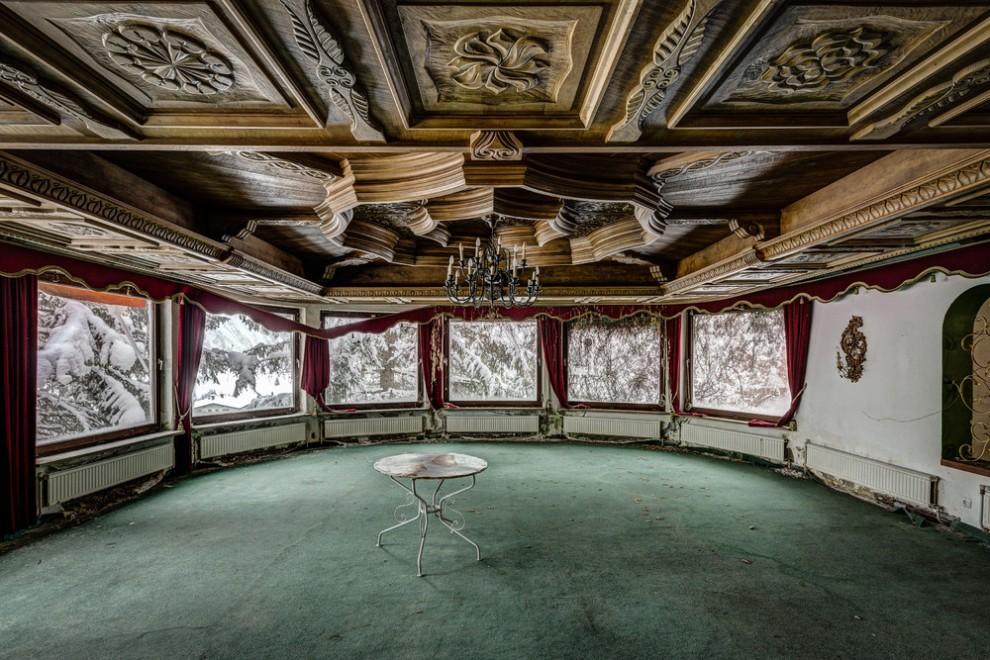 Abandoned Hotel 9