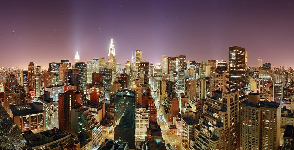 Manhattan City Line at night, New York