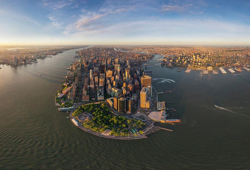 Manhattan, New York at sunset
