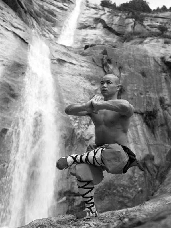 Shaolin Monks 16