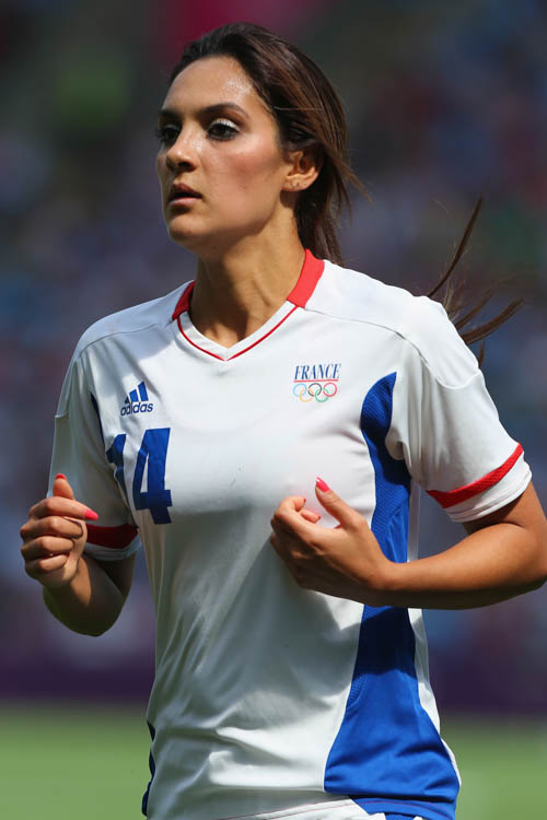 Louisa Necib (France)