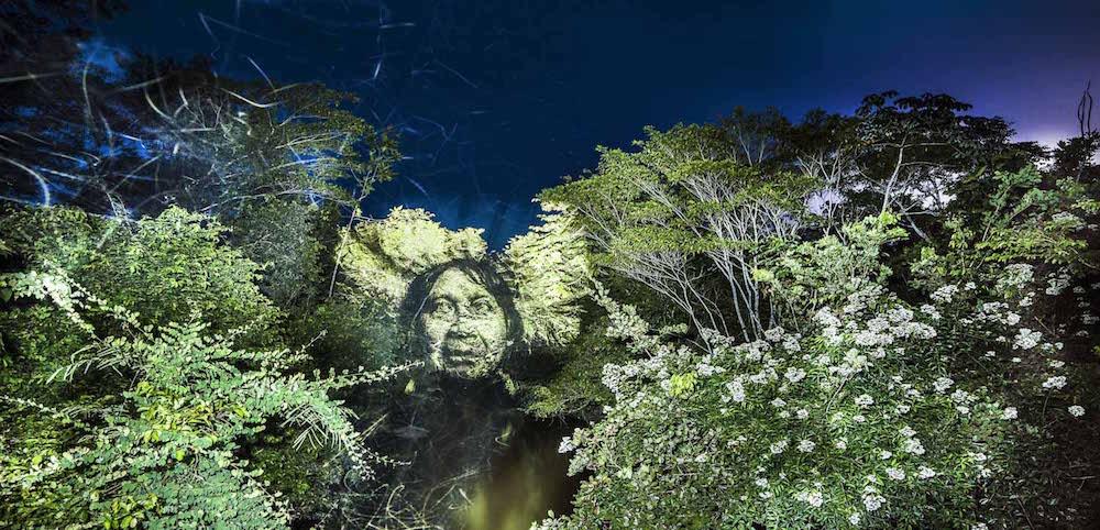 brazilian-indigenous-tribe-light-projection-4