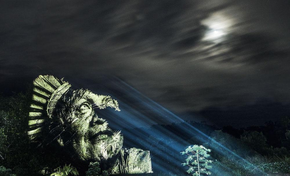 brazilian-indigenous-tribe-light-projection-7